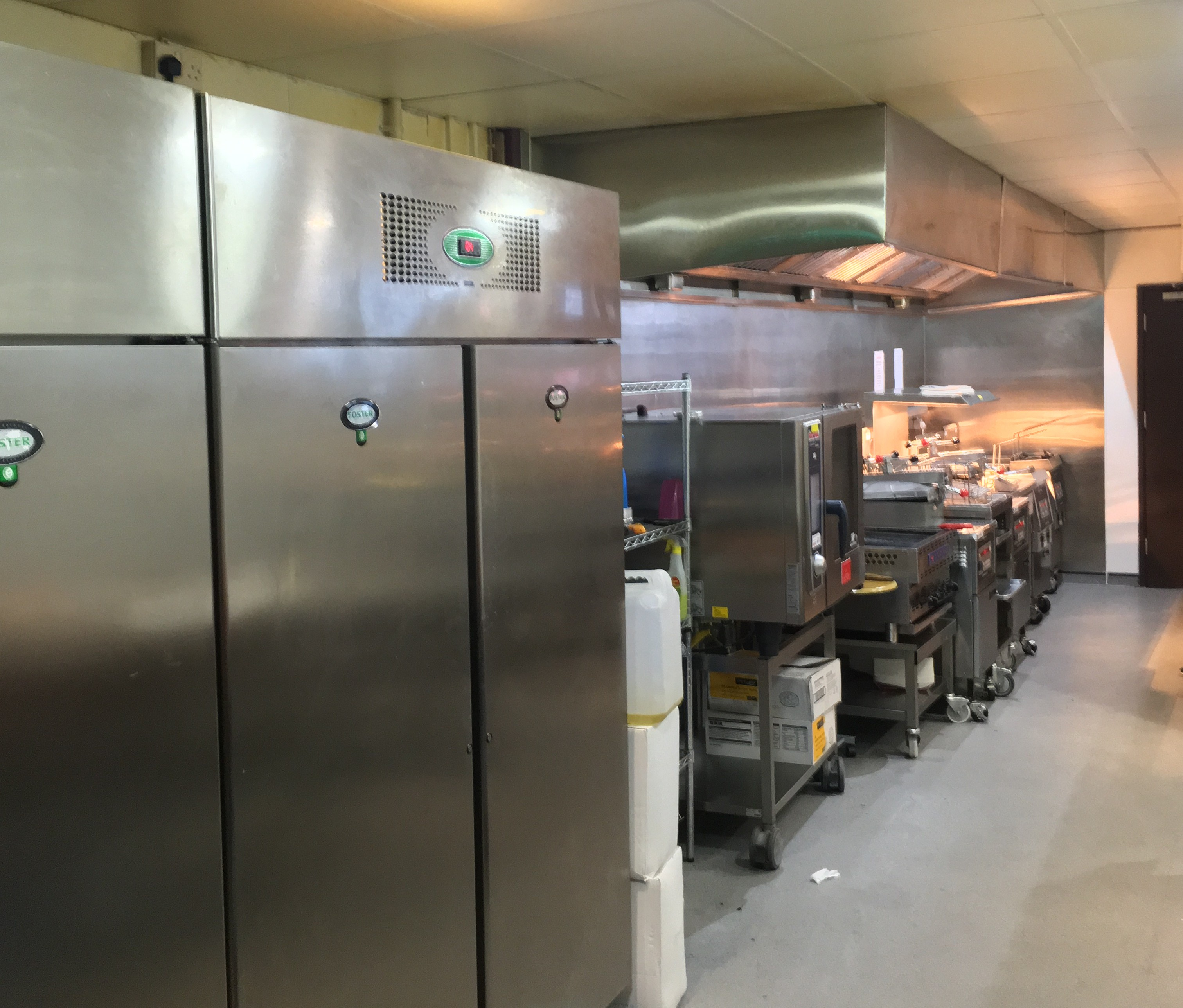 Beautiful Commercial Kitchen Refrigeration Inspiration - KITCHEN ...